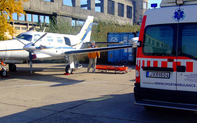 Nemzetközi és hazai betegszállítás?Oxyteam évek óta szervezi a kórházból lakhelyig, illetve lakhelytől az egészségügyi intézményig történő betegszállítást.